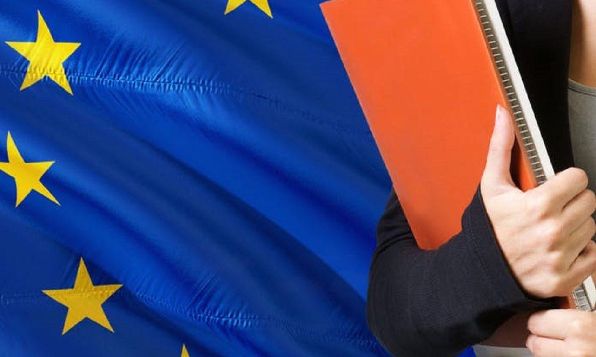 https://www.souverainisme.fr/wp-content/uploads/2021/07/UE-ecole-1200x720.jpg