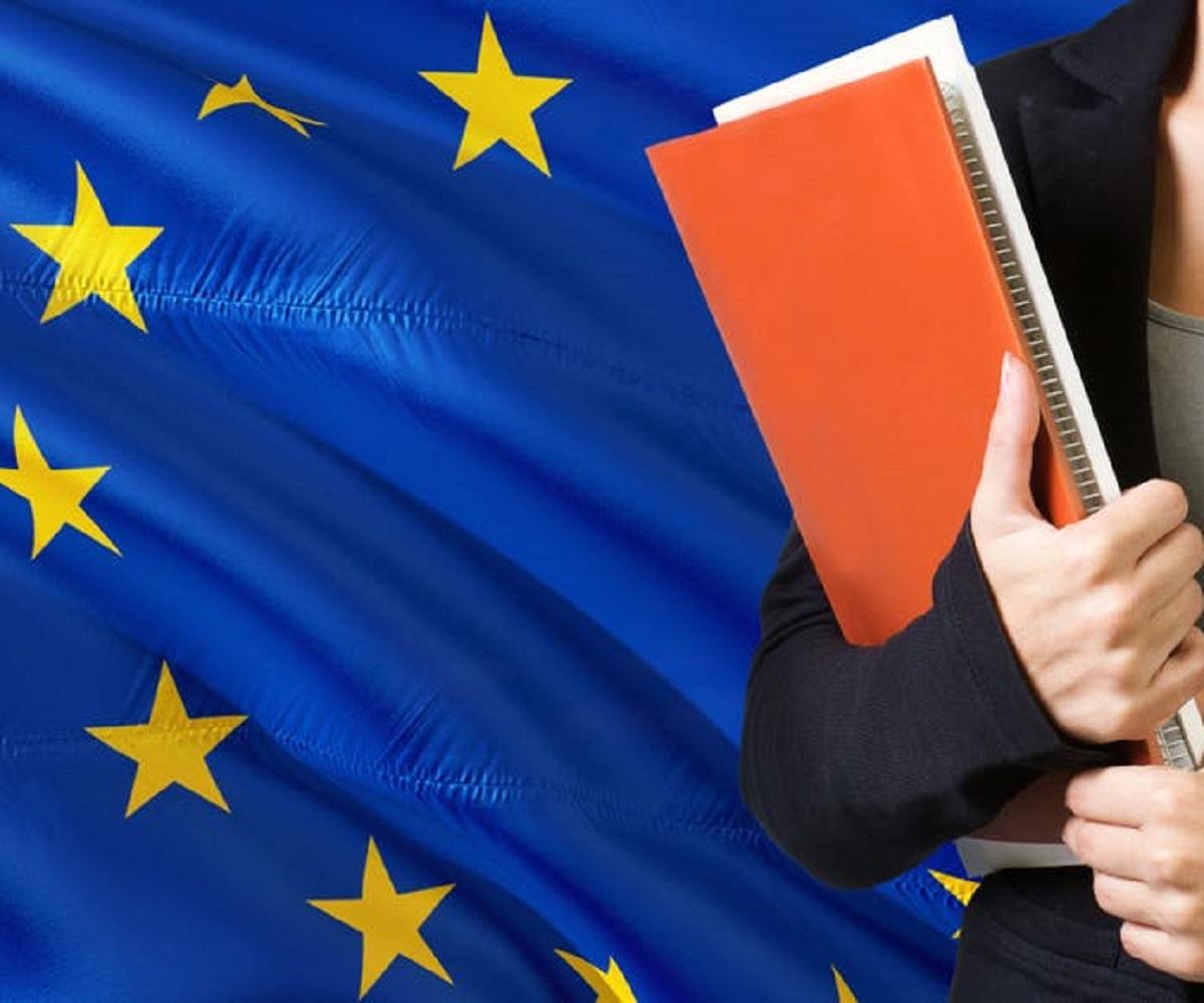 https://www.souverainisme.fr/wp-content/uploads/2021/07/UE-ecole.jpg